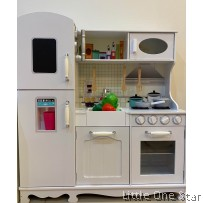Wooden Toys: White kitchen with Refrigerator