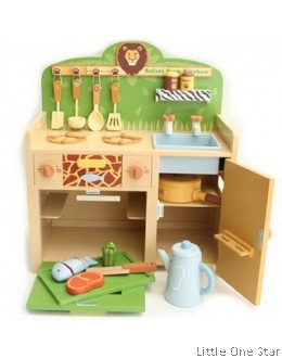 1. Wooden Toys: Safari Kitchen