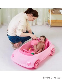 Bath Tub: Car shape with movable wheels and steering