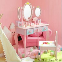 wooden toys: Make up set with 3 mirror